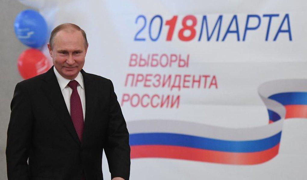 Putin se elege para quarto mandato com 73% dos votos