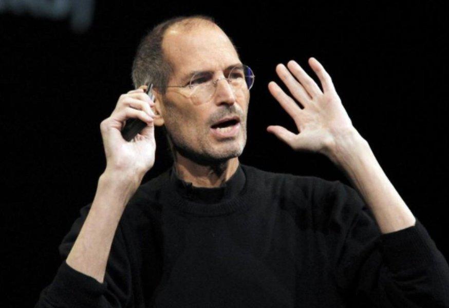 Formulário de pedido de emprego de Steve Jobs pré-Apple é arrematado por US$ 174 mil