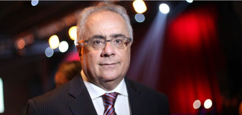 Brasil desmonta todas as suas conquistas civilizatórias, diz Nassif