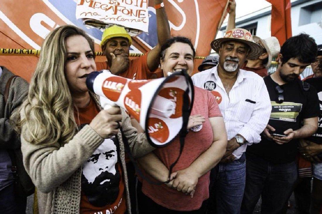 """Luizianne: Lula não vai ser varrido da história por uma burguesia que se acha dona do povo brasileiro"""""""