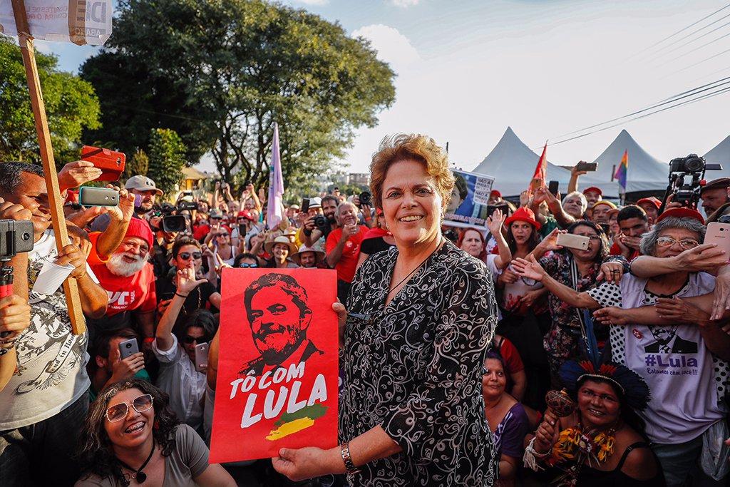 Dilma: Lula está preso porque a Justiça deixou de ser imparcial