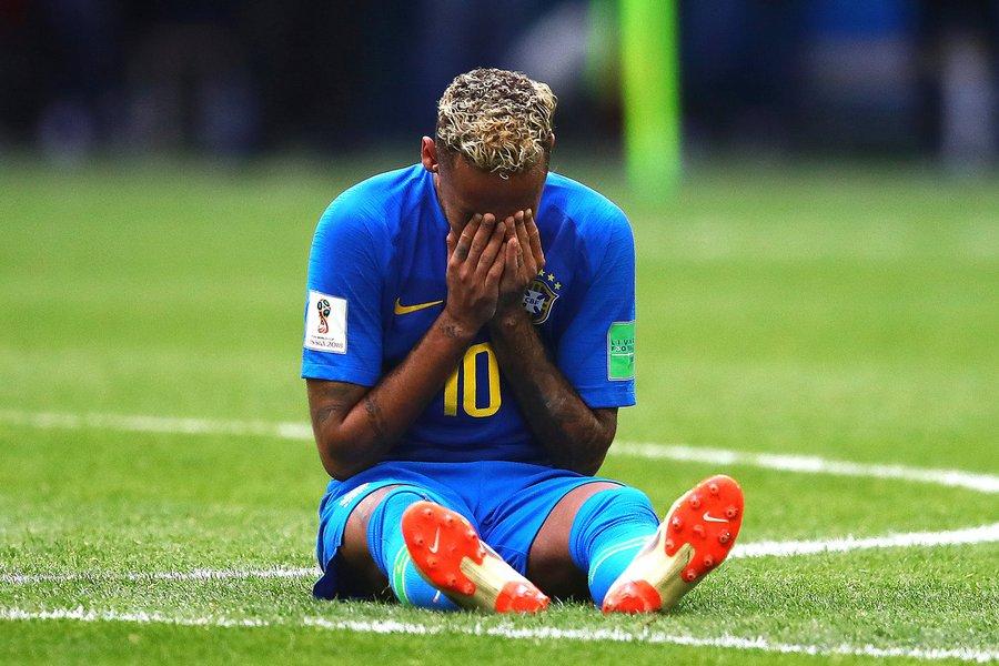 Neymar é humano; desumano é o mercado político da bola