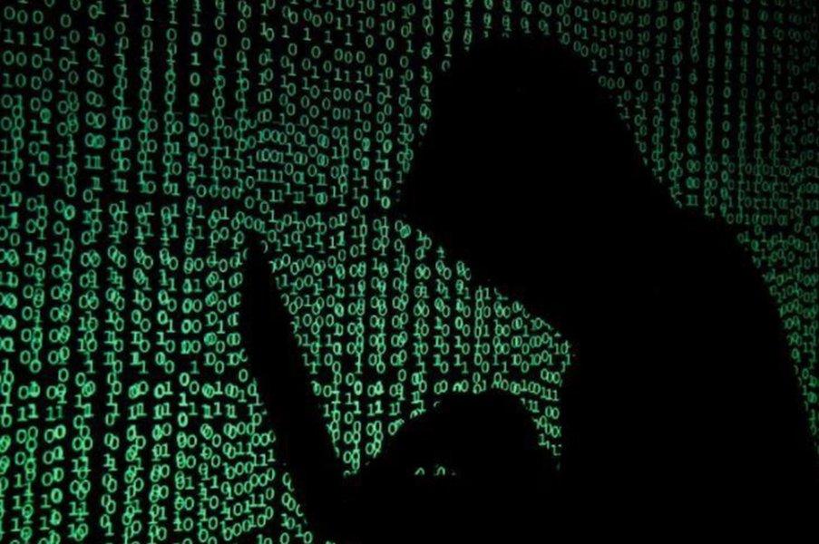 Chefe de inteligência dos EUA alerta para ameaça cibernética devastadora à infraestrutura dos EUA