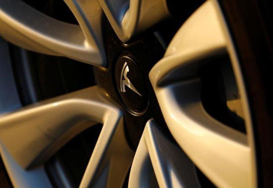 Tesla entrega 200 mil carros e incentivo fiscal deve cair para compradores dos EUA
