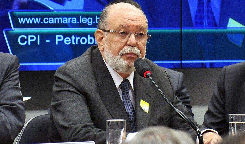 Um ano após sentença, acusadores de Lula ainda não fecharam acordo de delação