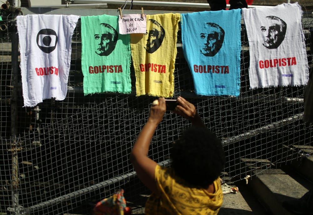 Incerteza eleitoral eleva risco de golpe militar no Brasil, diz analista