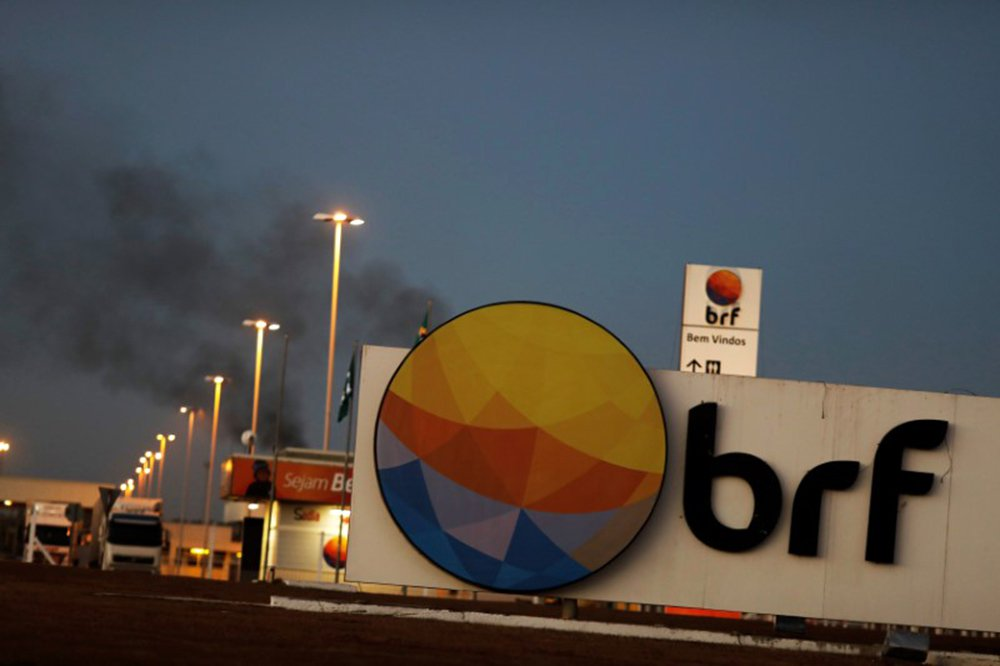 BRF anuncia lay-off para 1,4 mil funcionários