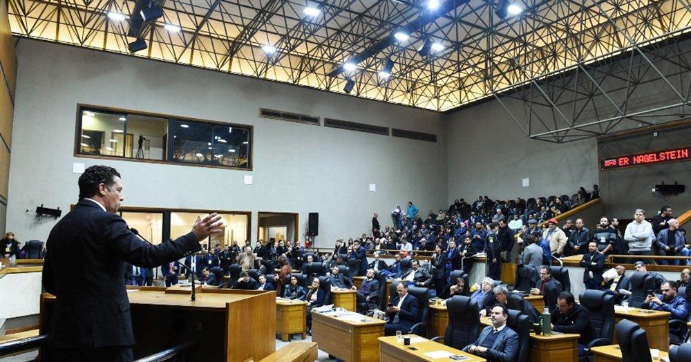 Vereadores derrubam quórum e votação dos projetos de Marchezan fica para a tarde