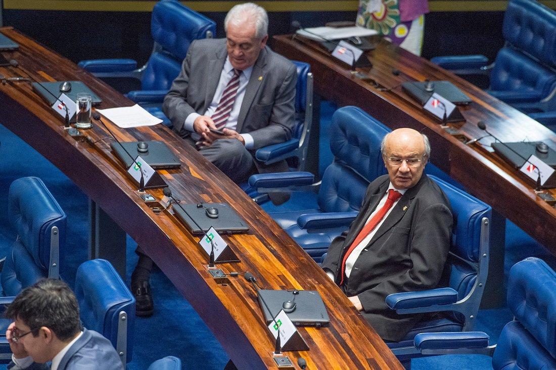 Senador José Pimentel representará oposição no recesso do Congresso