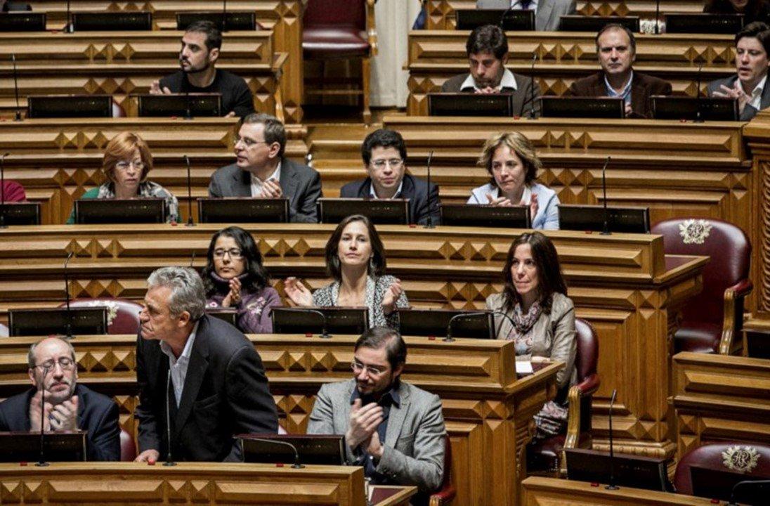 Deputados portugueses pedem que o STF liberte Lula