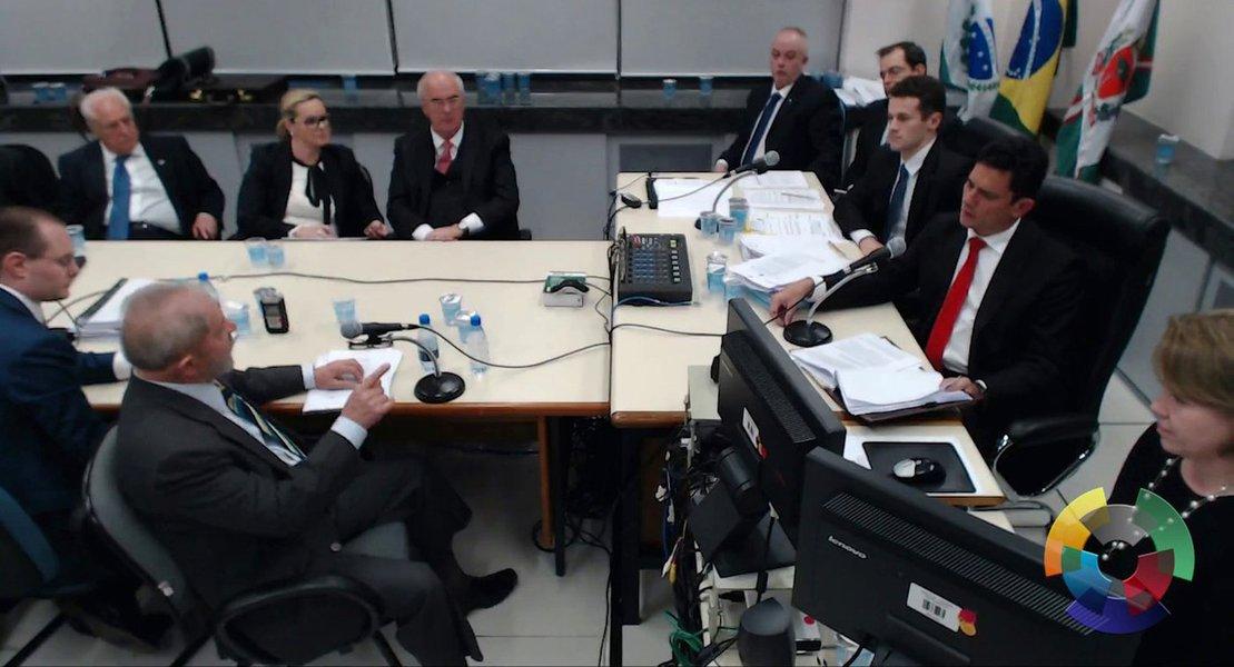 Lula: há um ano, Moro me condenava por crimes que até hoje não provou