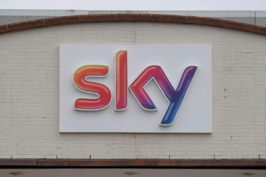 Ações da Sky saltam para máxima em 18 anos com Comcast e Fox em batalha de ofertas