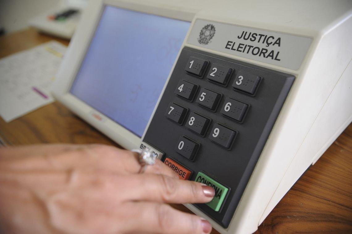 Lei Eleitoral restringe atos do poder público a partir de agora