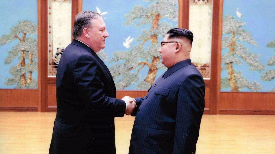 Jornal oficial da Coreia do Norte critica jogo duplo dos EUA