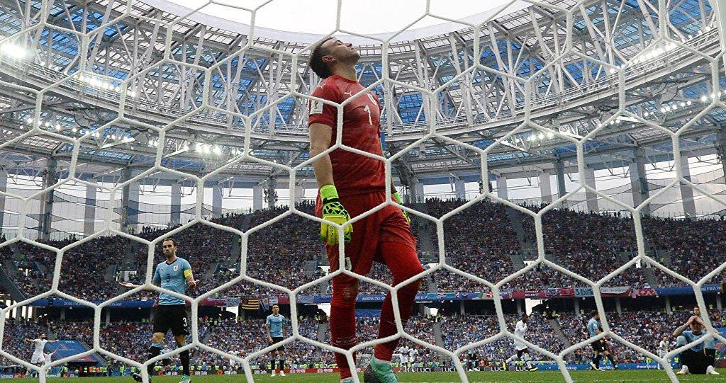 França supera Uruguai por 2 a 0 e espera vencedor de Brasil e Bélgica