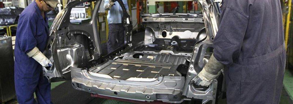 Anfavea reduz estimativas de produção e exportação de veículos em 2018