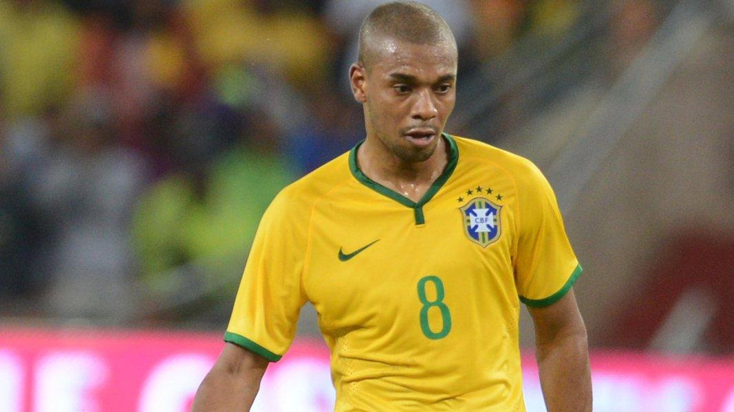 Sem Casemiro, seleção entra com Fernandinho no meio de campo