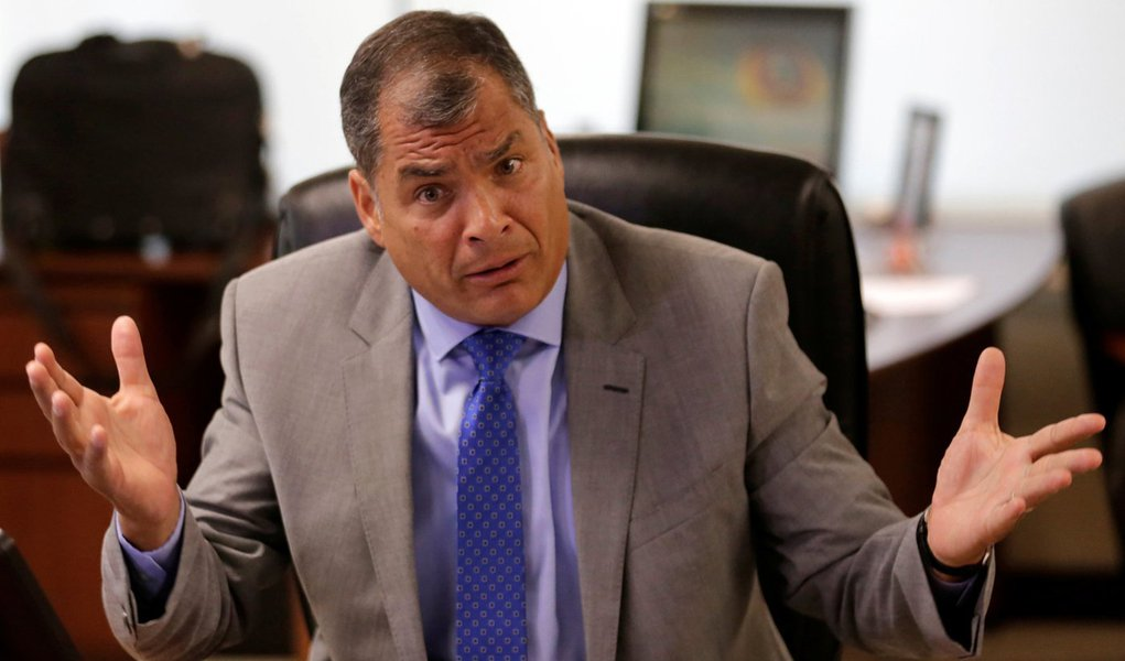 """Correa diz ser vítima de 'lawfare' e denuncia: """"eles me querem morto"""""""