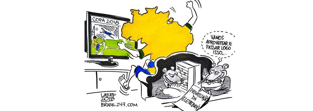 Latuff: enquanto o Brasil grita gol, governo manobra para privatizar a Eletrobras