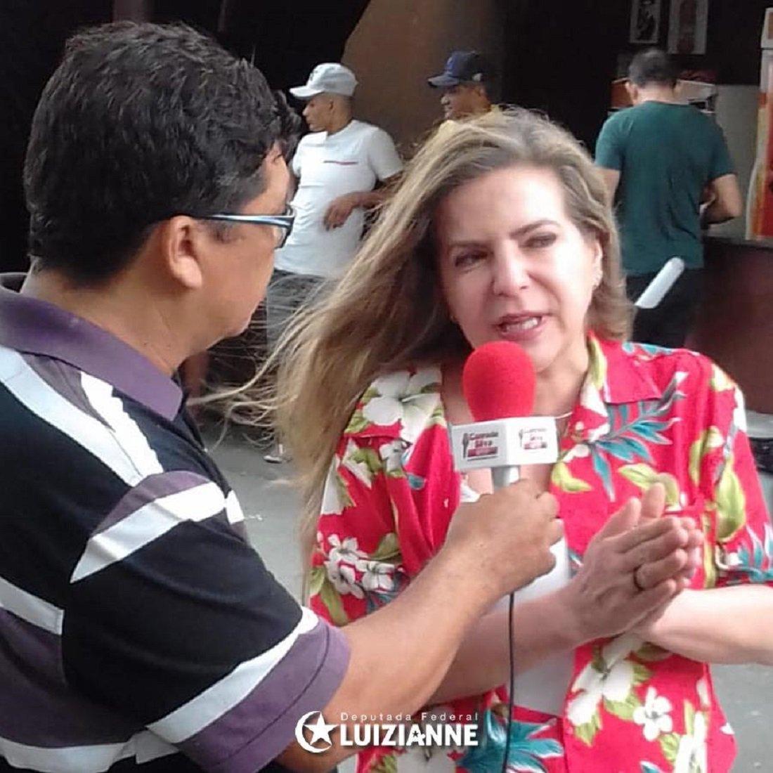 """Luizianne Lins: """"episódios de hoje desmascaram totalmente o caráter político da prisão de Lula"""""""