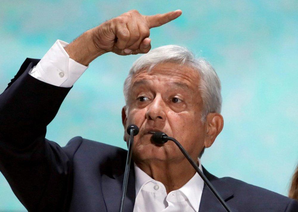 Deputados mexicanos tentam retirar foro de Obrador
