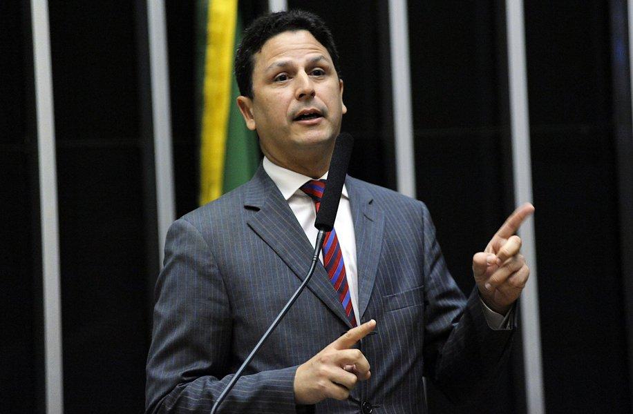 Dias Toffoli arquiva inquérito contra deputado do PSDB