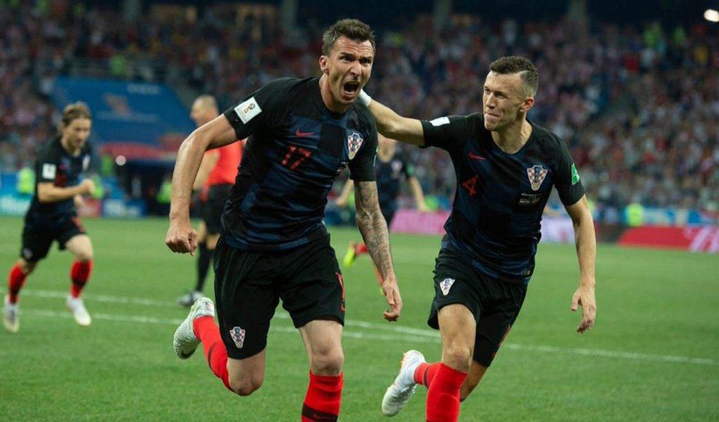 Croácia elimina a Dinamarca e encara a Rússia na quartas de final