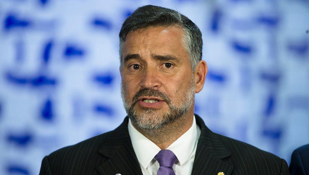 Pimenta: STF já faz mais política do que o Congresso