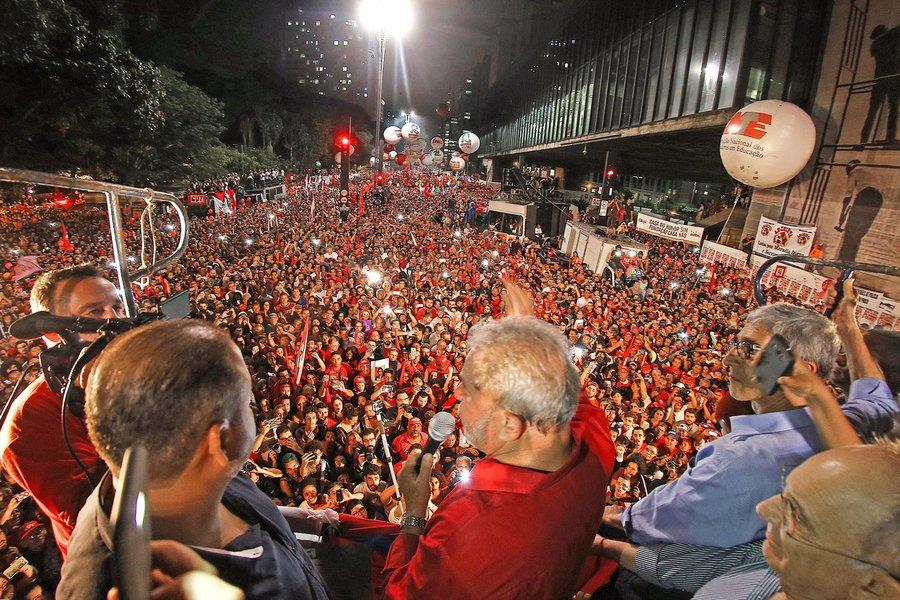 Lula dispara na preferência do eleitor paulista, mostra Ibope
