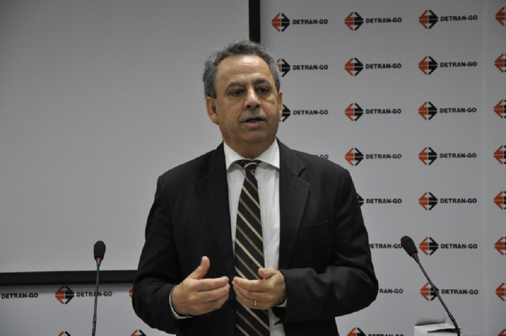 Caiado cria factoides para prejudicar Goiás, diz Manoel Xavier