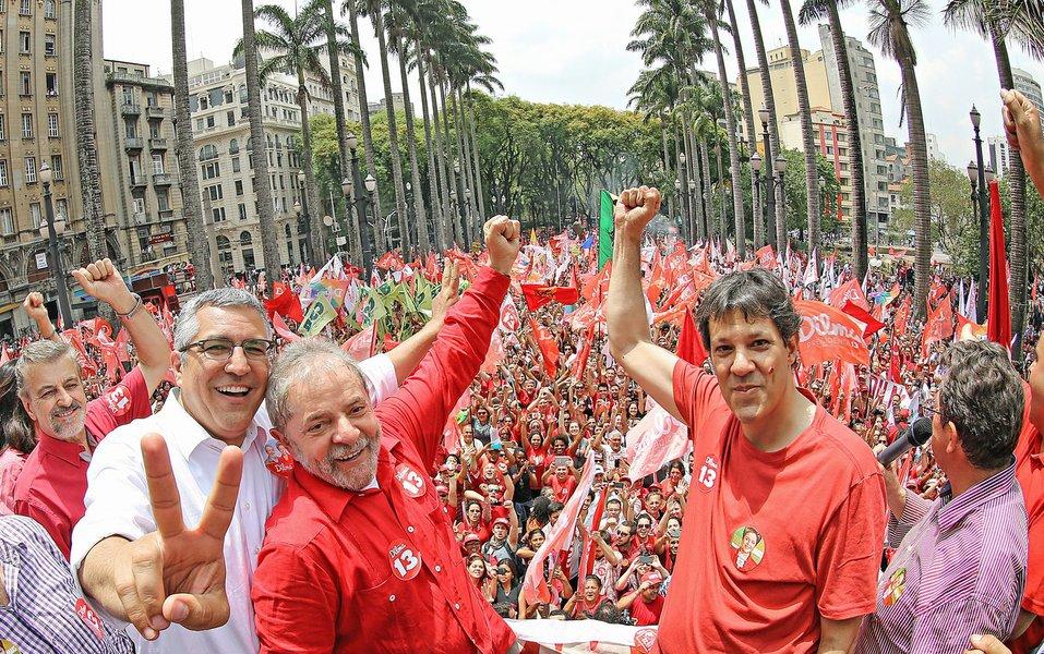 Haddad se torna advogado de Lula e poderá visitá-lo todos os dias
