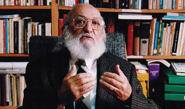 Escritor Paulo Freire