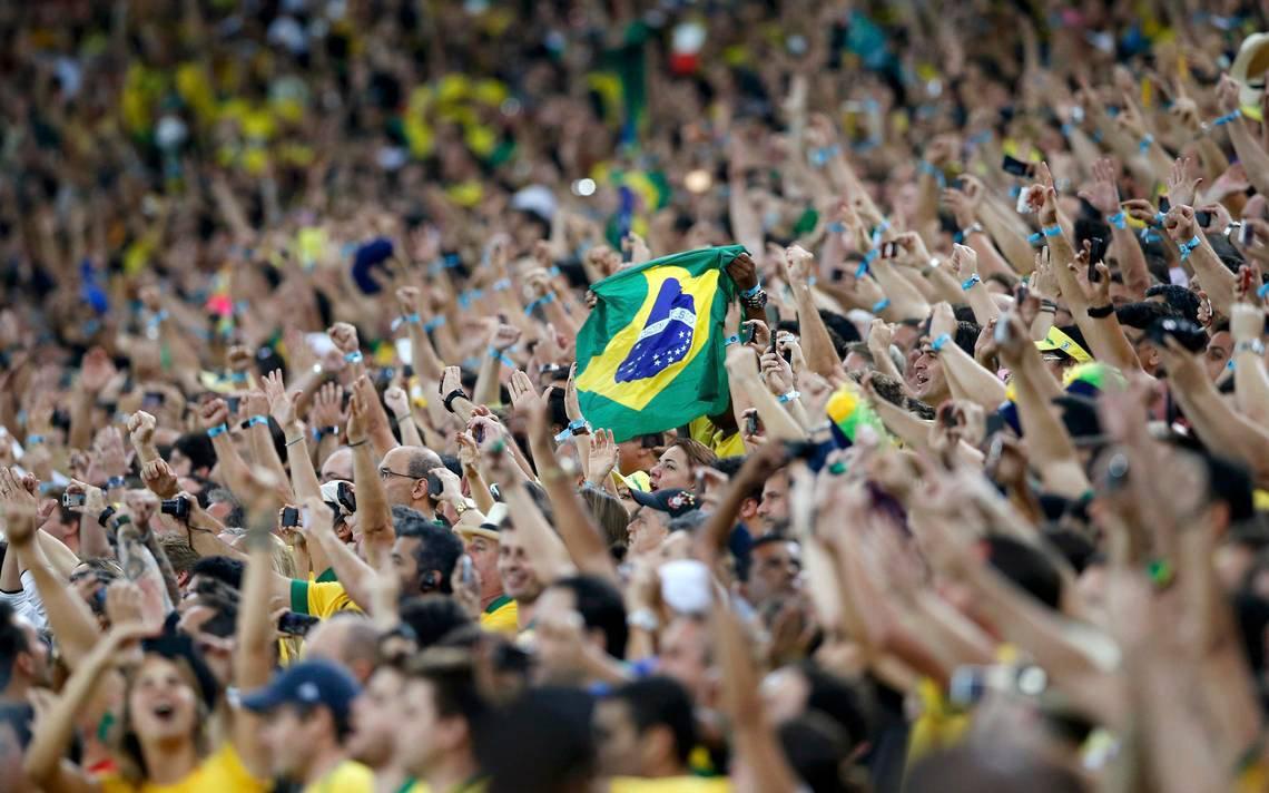 É Copa: vamos deixar o povo torcer em paz