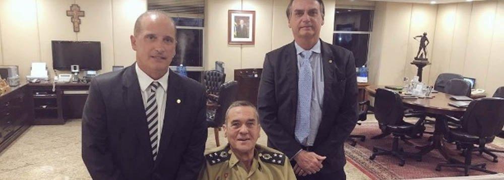 Chefe do Exército se reúne com Bolsonaro