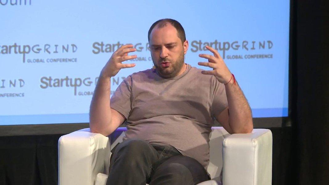 Cofundador do WhatsApp deixa empresa