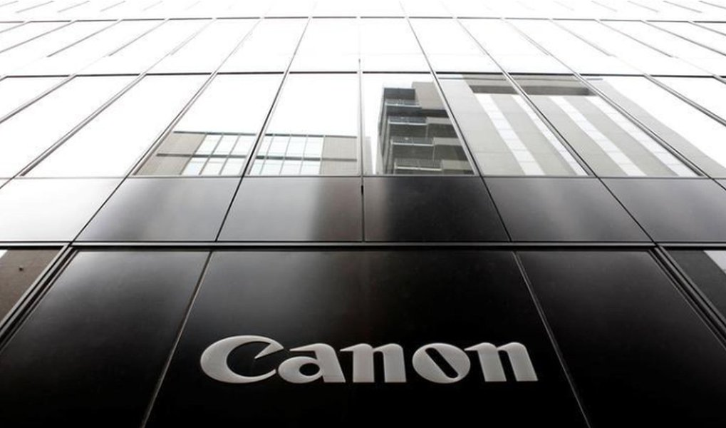 Lucro da Canon sobe 5,3% no 1º tri com demanda por equipamentos para produção de chips