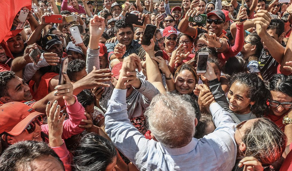 Virada de Lula no Rio Grande do Sul impressiona, diz jornalista
