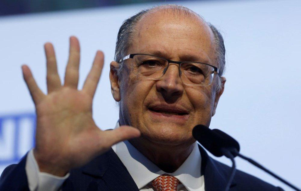 Após recusas, Alckmin diz que não é preciso pressa para escolher vice