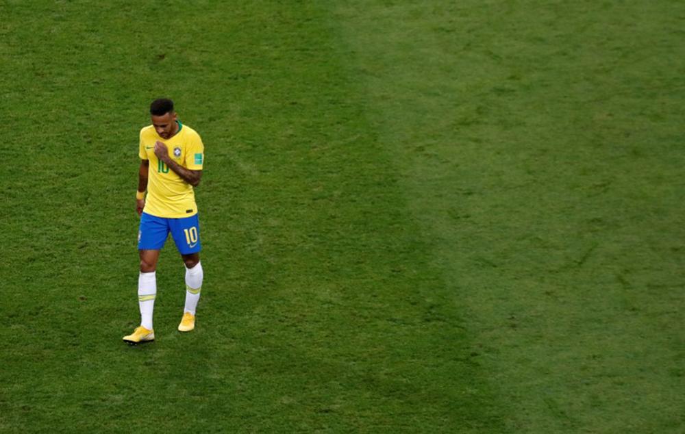 Neymar fica fora da lista de 10 finalistas de prêmio da Fifa