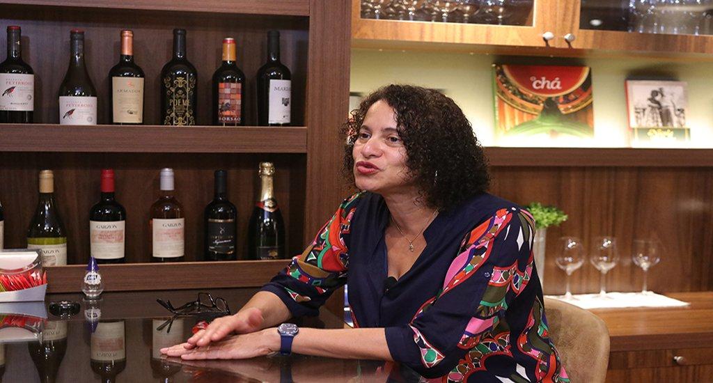 Luciana Santos não descarta possibilidade de ser vice de Câmara