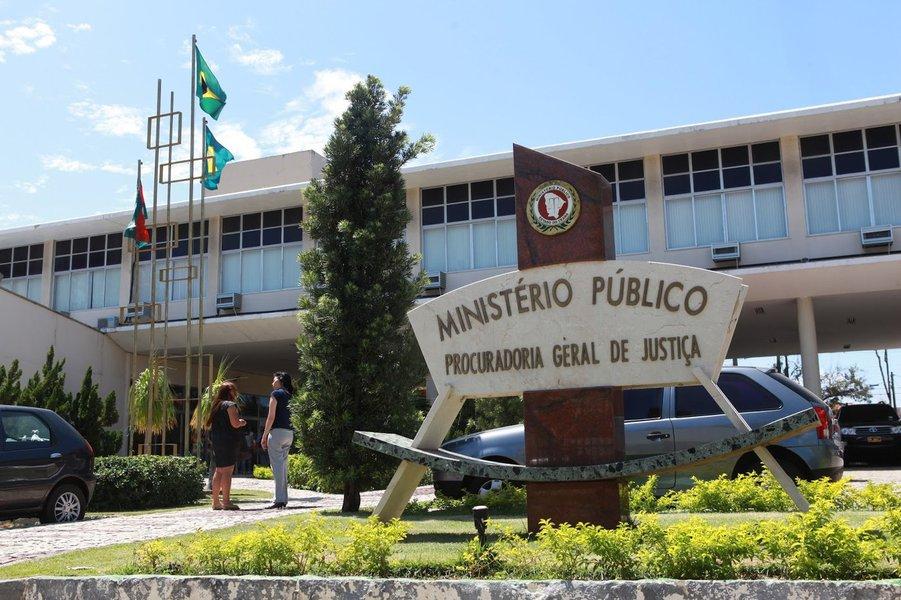 MPCE suspende pagamentos milionários a Aprece e escritórios de advocacias com recursos do Fundef