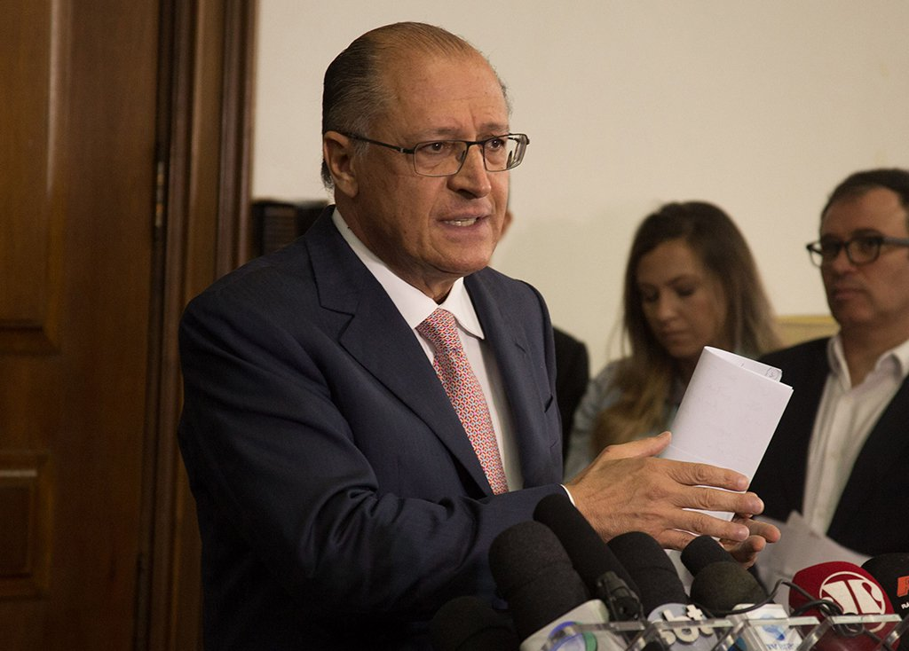 Tuíte contra imposto sindical cria atrito com centrão e Alckmin liga para Paulinho