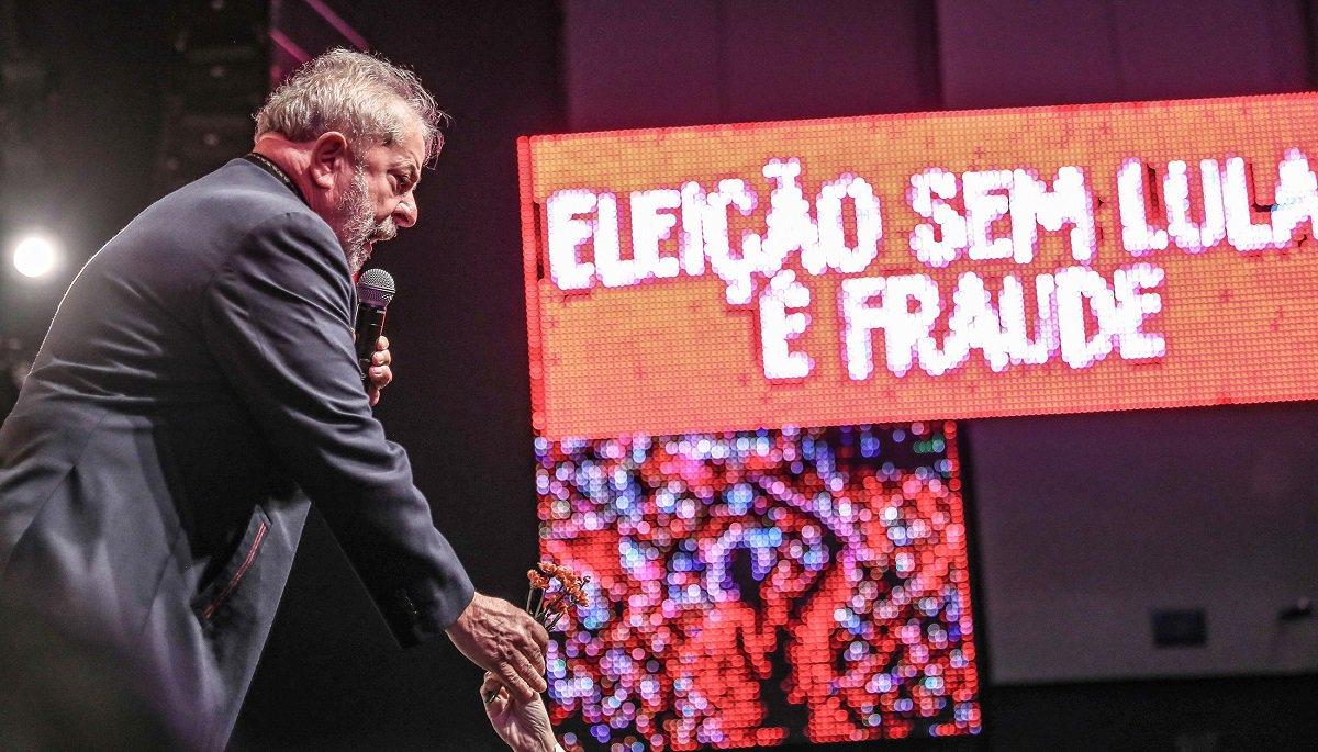 Lula aponta o golpismo da elite brasileira