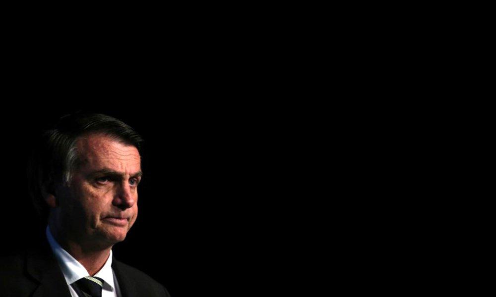 Sem alianças, Bolsonaro fica estrangulado com apenas 8 segundos na TV