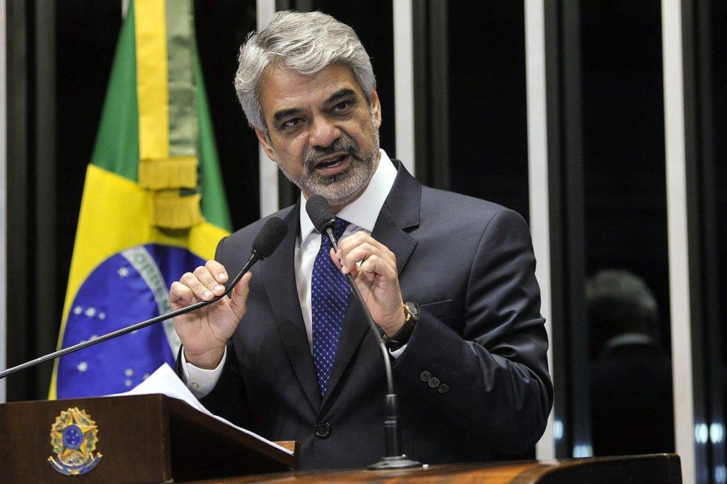 Humberto: queremos aquele país do Lula de volta