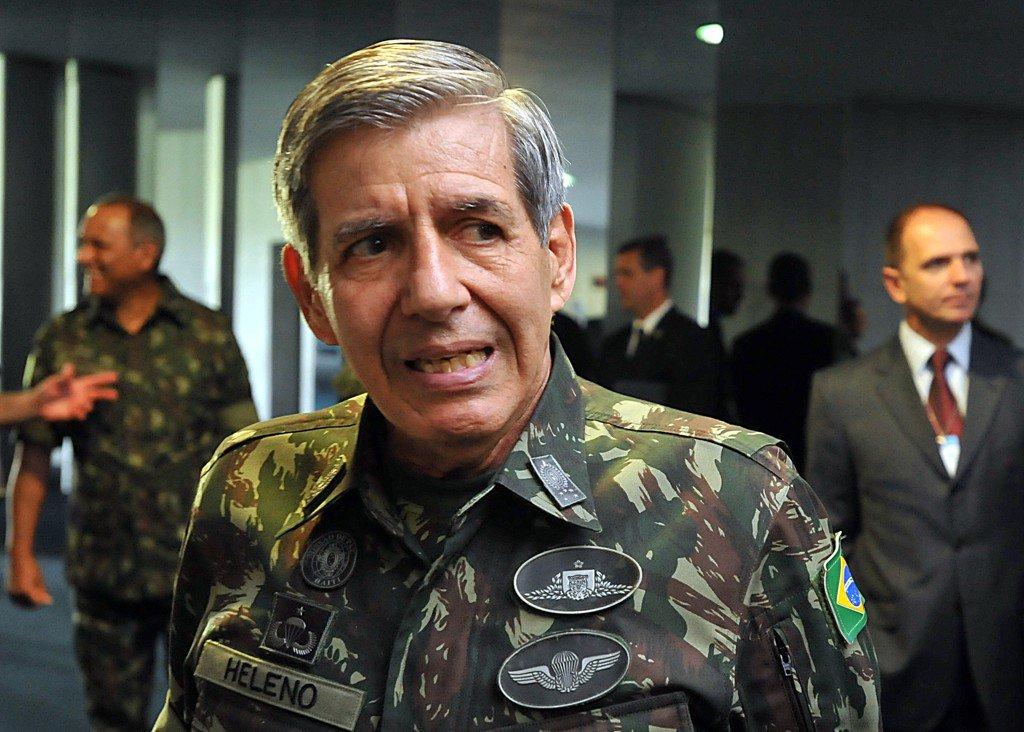 Limado da vice na chapa de Bolsonaro, general anuncia que vai deixar o PRB