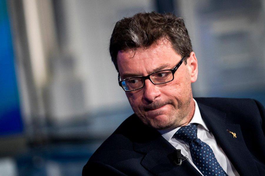 Itália diz esperar ataque contra mercado financeiro em agosto