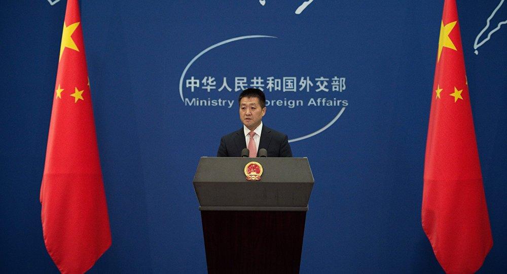 China contesta sanções dos EUA contra Irã e defende diálogo