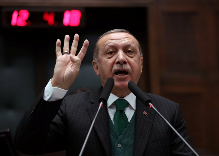 Erdogan diz que EUA estão 'errados' em ameaçar Turquia após Trump dobrar tarifas