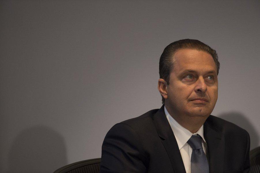 Falha de gravador em avião com Campos prejudicou investigação, diz PF